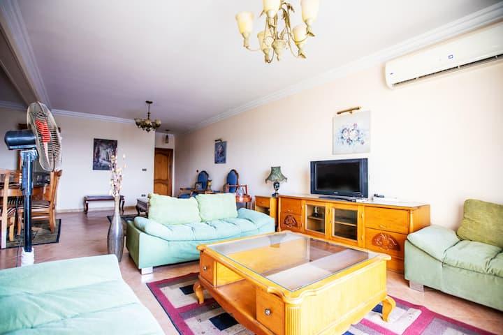 Elegant Apartment in the CENTER of Cairo ✯