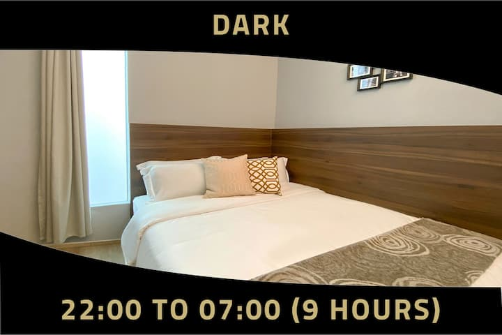 Overnight stay, 9 hours: 10PM-7AM  near Bugis MRT