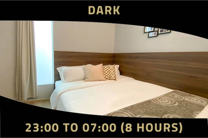 Double Room, 8 Hours: 11PM-7AM near Bugis MRT