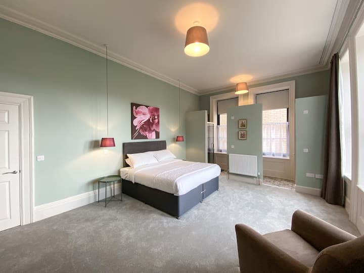 The Regency Ilfracombe - Suite Two