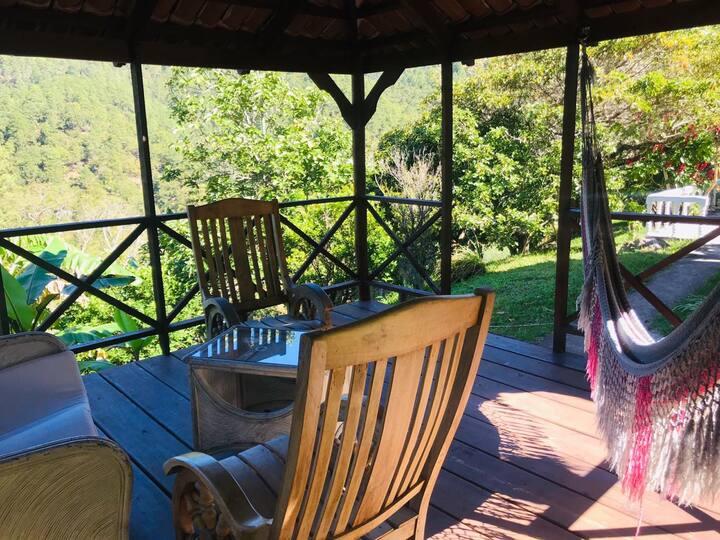 Relaxing House in Natura Shangri-La