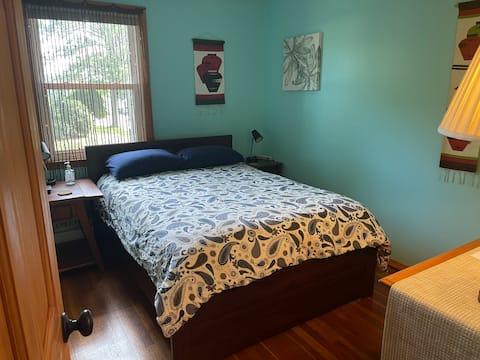 편리한 조용한 보스턴 교외의 침실
