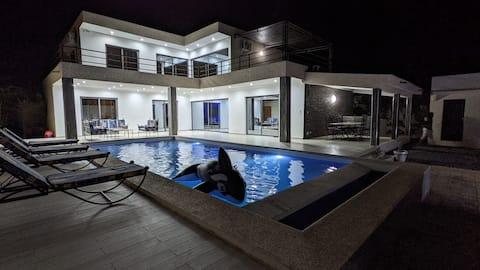 Magnifique Villa avec piscine à La Somone