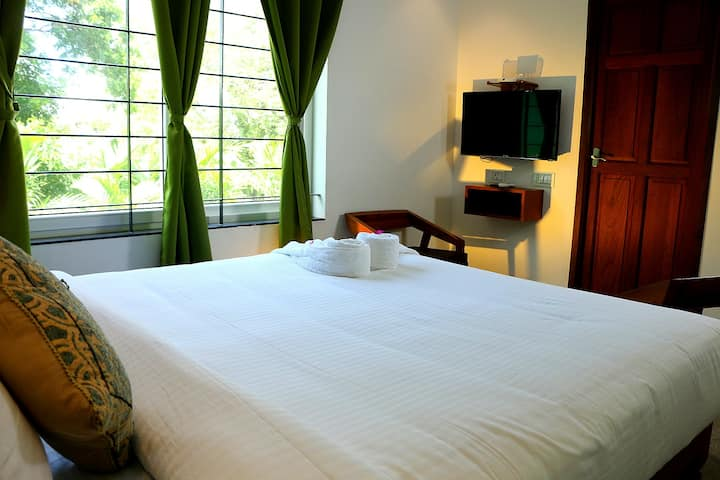 Heritage Double Room With Swimming Pool@Auro Beach