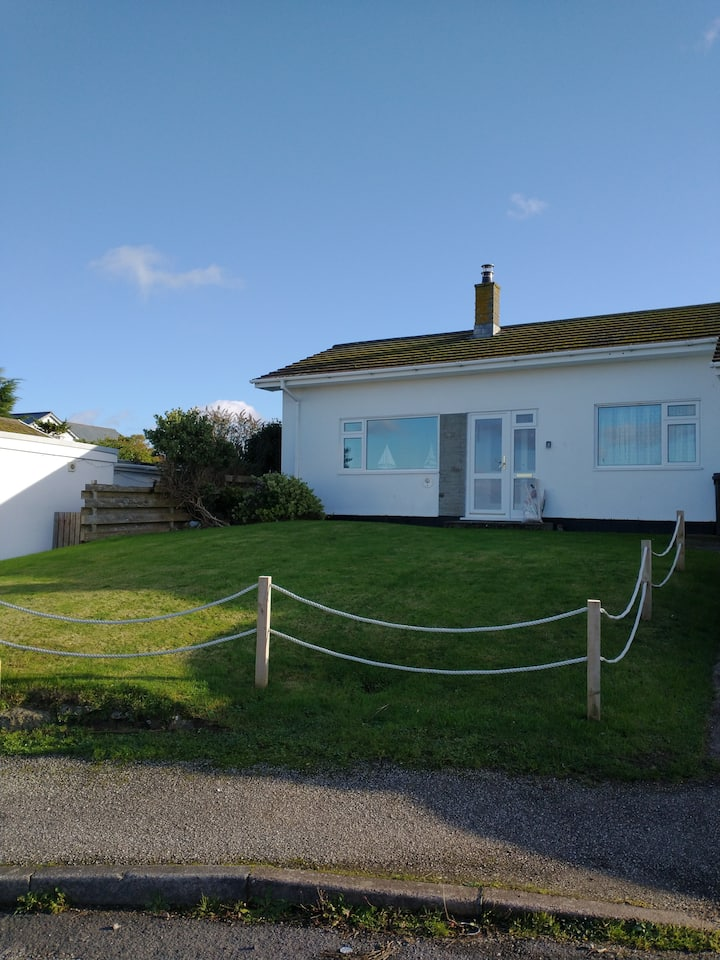 Mor Gwyns Bungalow Port Isaac