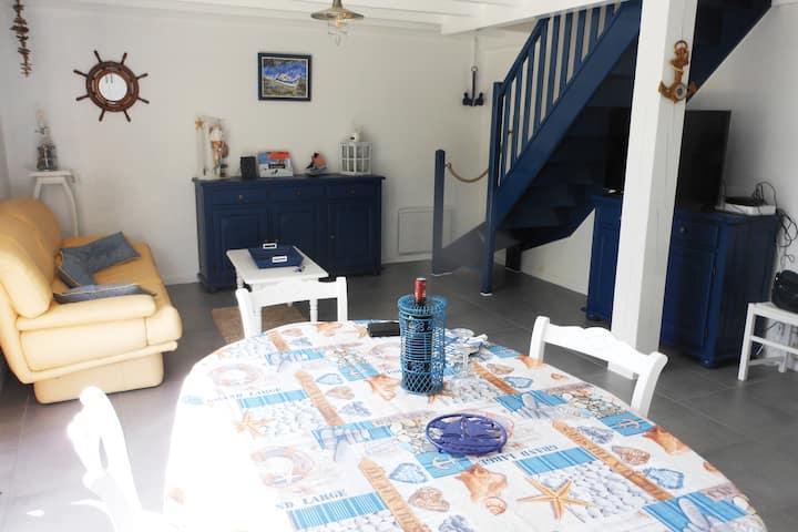 Charmante maison aux décors marins/jardin/parking