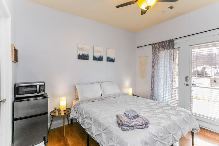 Private 1 Bedroom, 1 Bathroom Suite complete with a convenient kitchenette (includes a mini-fridge, microwave, electric kettle & dishes/silverware!), desk, AC, & much more!