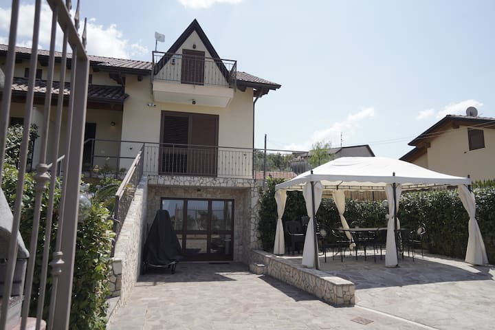 Villa in Matinella mit Pool