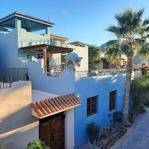 Steps from the Beach & Spectacular Mountain Views!