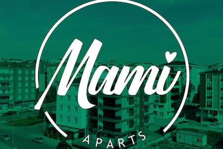 Mami Aparts 404