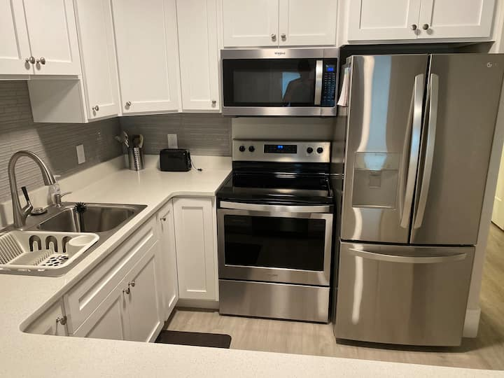 Private 2 Bedroom Basement Apartment (new)