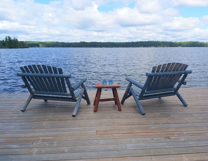 Escape to the Lake Living (3 bed walkout apt.)