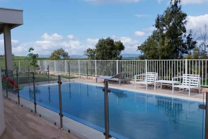 Gilboa mountain villa with a private pool (heated)