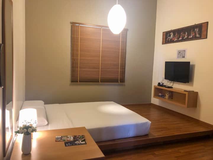 Jap-themed room  private bathroom ❤ Ipoh Home Inn