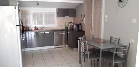 家具齐全的单间公寓,难忘的住宿体验