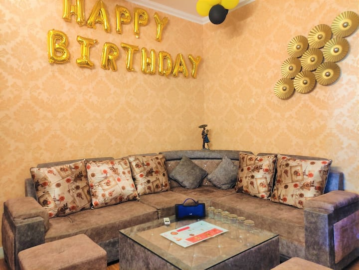 5. Cozy, 3bhk, surprise,  party, relax, happening