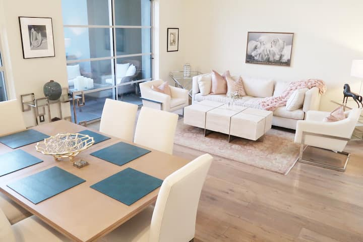 Santana Row 1,500 Sqft Loft 2 Bedroom with Patio
