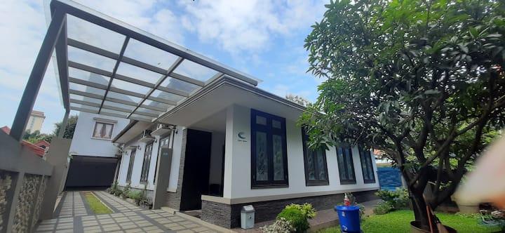 Cozzy Kostel Bogor - 6 guest