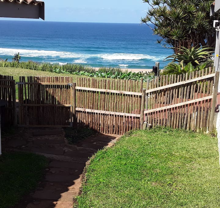 BAZLEY BEACH HOLIDAY STUDIO APARTMENT