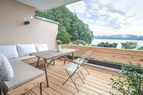 Luxury Apt. by the lake with dream view & Pool