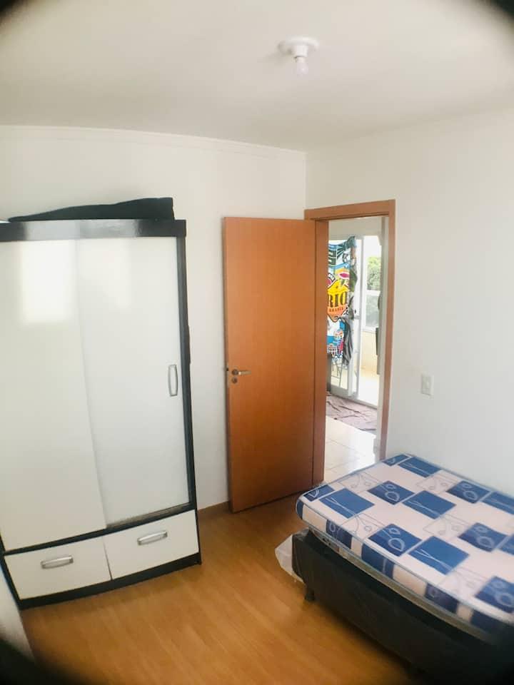 Quarto individual em apartamento compartilhado