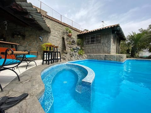 Chaclacayo Cozy Guest House