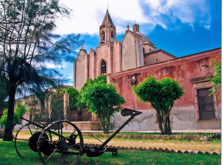 Hermosa Hacienda Tlalixcoyan