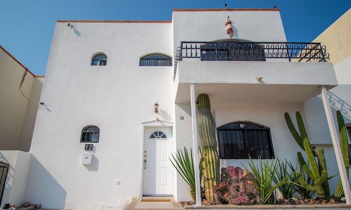 Casa 12-1 - Beautiful Views (Newly Renovated!)