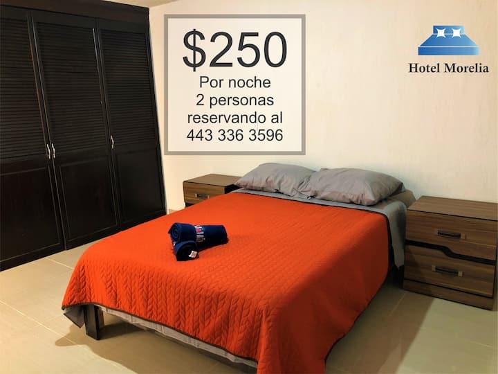 Habitación en Hotel Morelia cerca del Centro