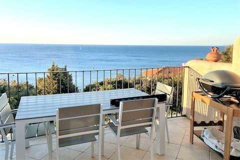Agay:appartement cocoon  vue mer, piscine et plage