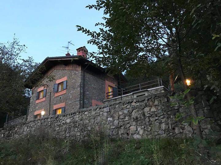 I laghi di Spettino; casa con vista panoramica