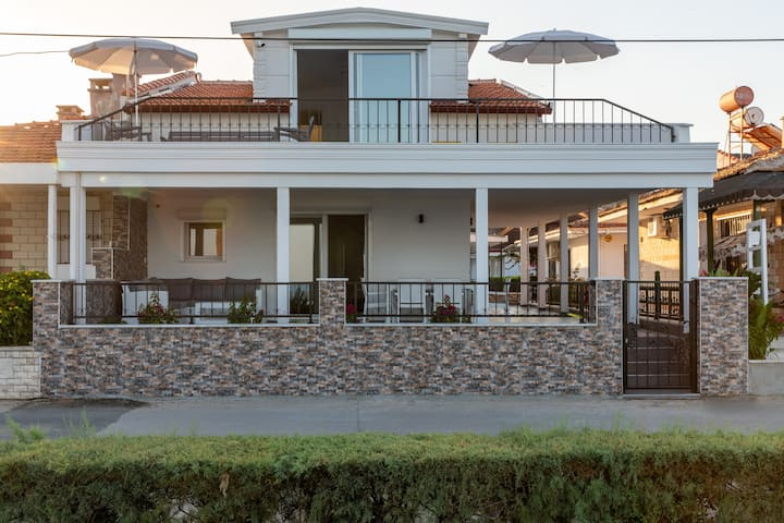 Beach House Kusadasi