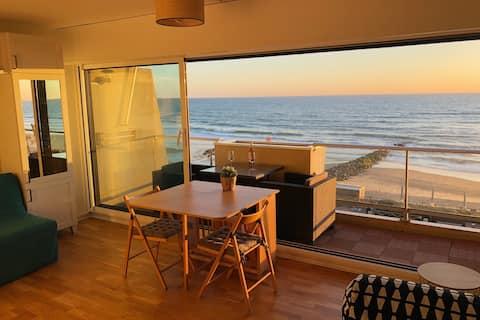 오션뷰가 있는 아름다운 아파트.