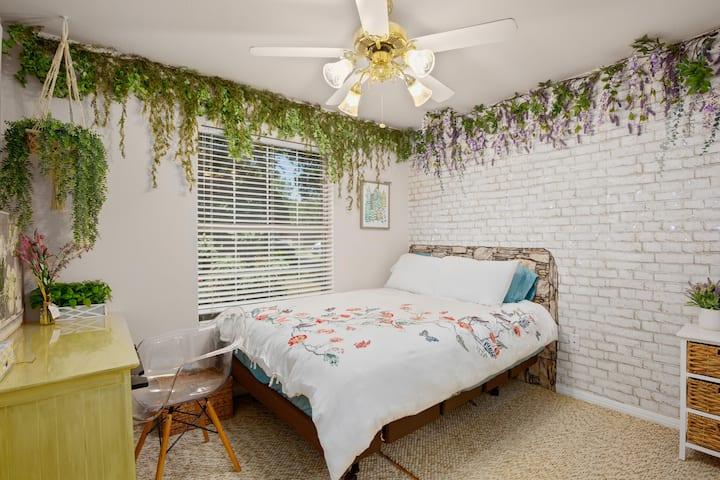 ✿ Enchanting Lavender Wisteria Garden ✿ DT East