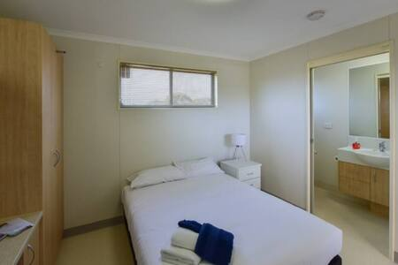 Lake Tyrrell Accommodation - Double Room 3