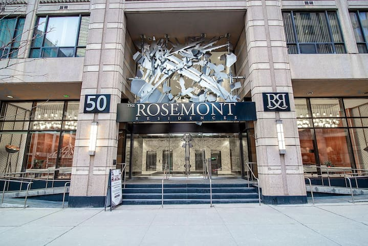 The Rosemont Residences, Bachelor