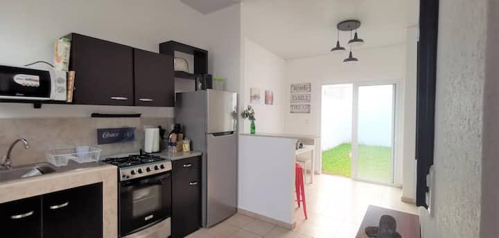 Casa moderna acogedora  totalmente climatizada