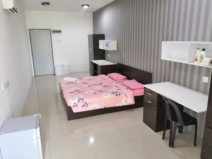 Premium Twins Room with Private Bathroom