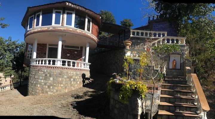 Symphony   Chateau de TATLI   Hilltop, Dehradun