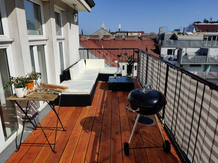 PENTHOUSE COLIVING WITH ROOFTOP TERRACE - Room 3