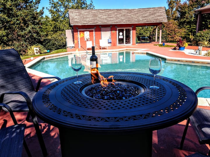 Peace and Quiet, Pool and Pleasure.
