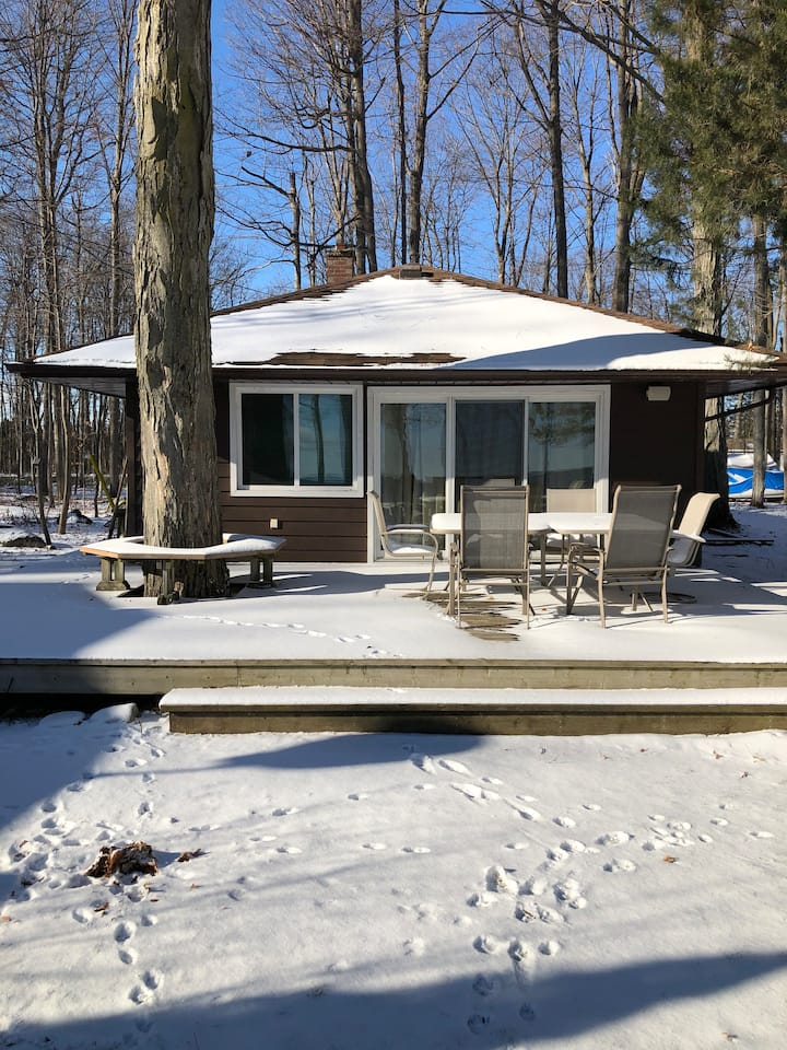 Big Bay Point, Innisfil   Waterfront Cabin