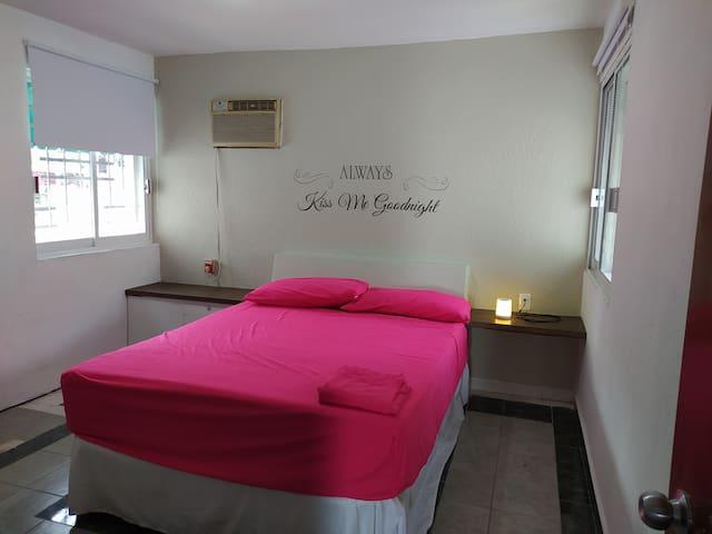 Habitación principal con cama Queen Size