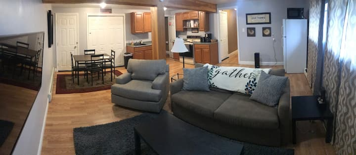 Simply Sweet Carmel Apartment