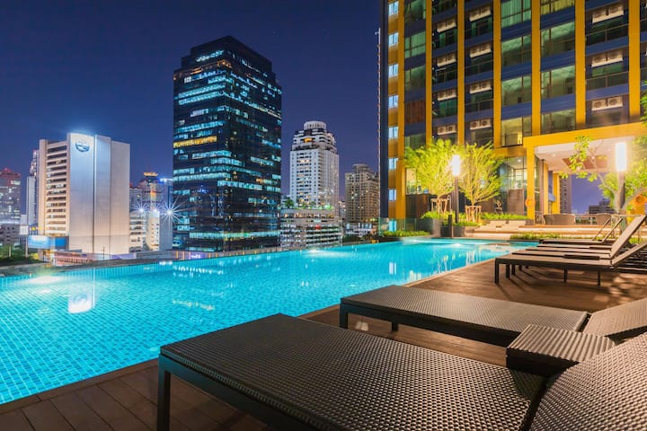 30days! Sukhumvit NANA spacious 1BR  near BTS ARL