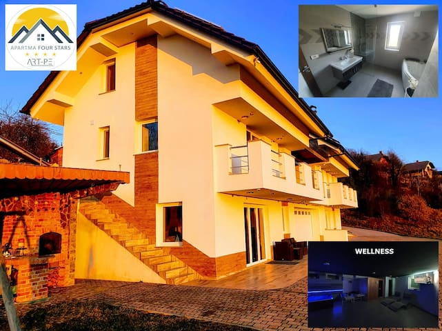 Four Stars ART-PE House with Jacuzzi, Water beds