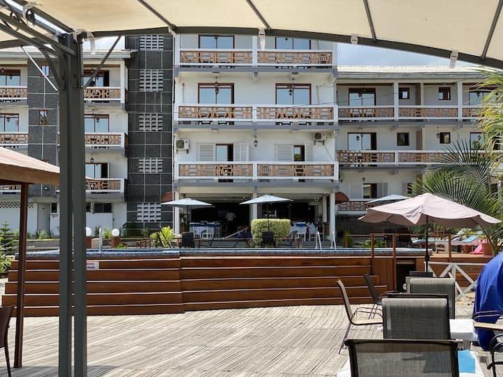 Le TAZ, avec services hôteliers, vue mer