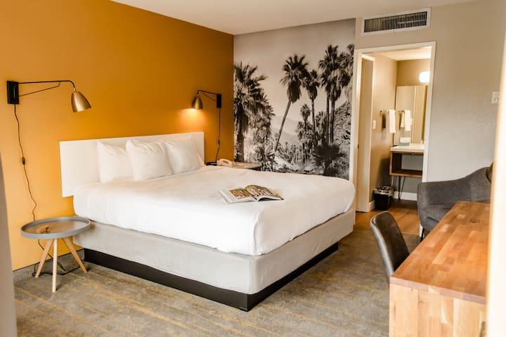 2 Bedroom Kitchenette Suite - Vagabond Motor Hotel