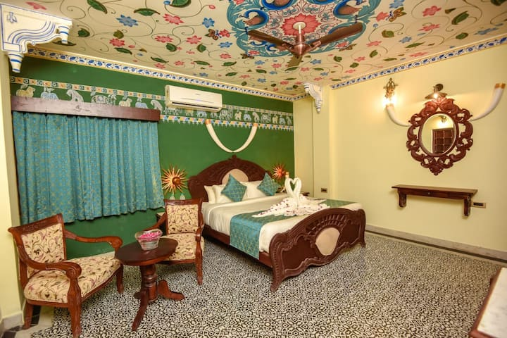 Janak Vilas Superior Rooms