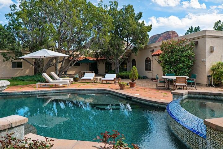 Heavenly Hacienda - Private Pool, Hot tub & Views!